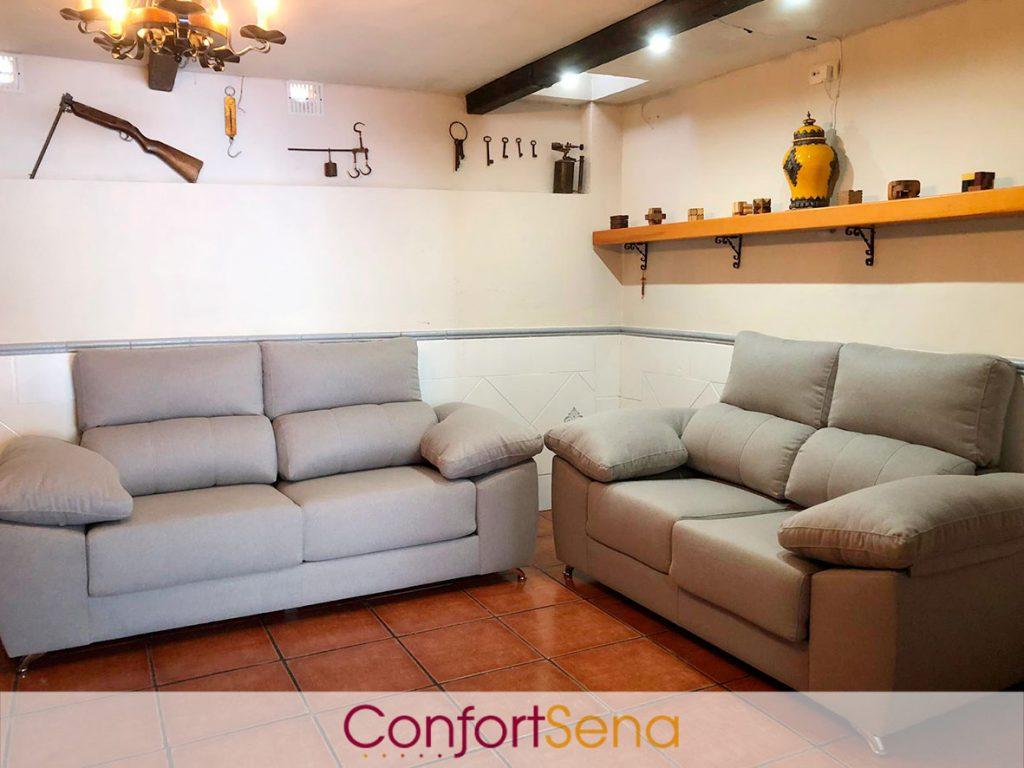 conjunto de sofás de dos y tres plazas en Granada