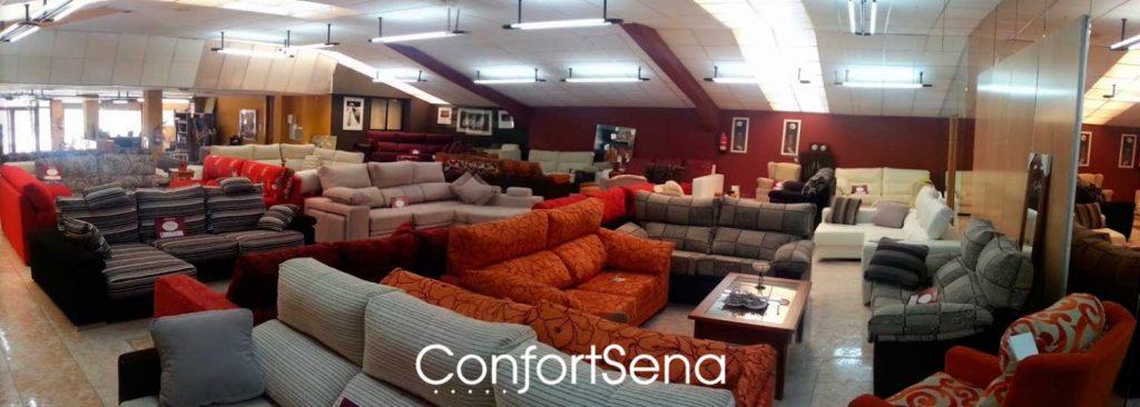Almacén y fábrica de sofás en Granada en Atarfe