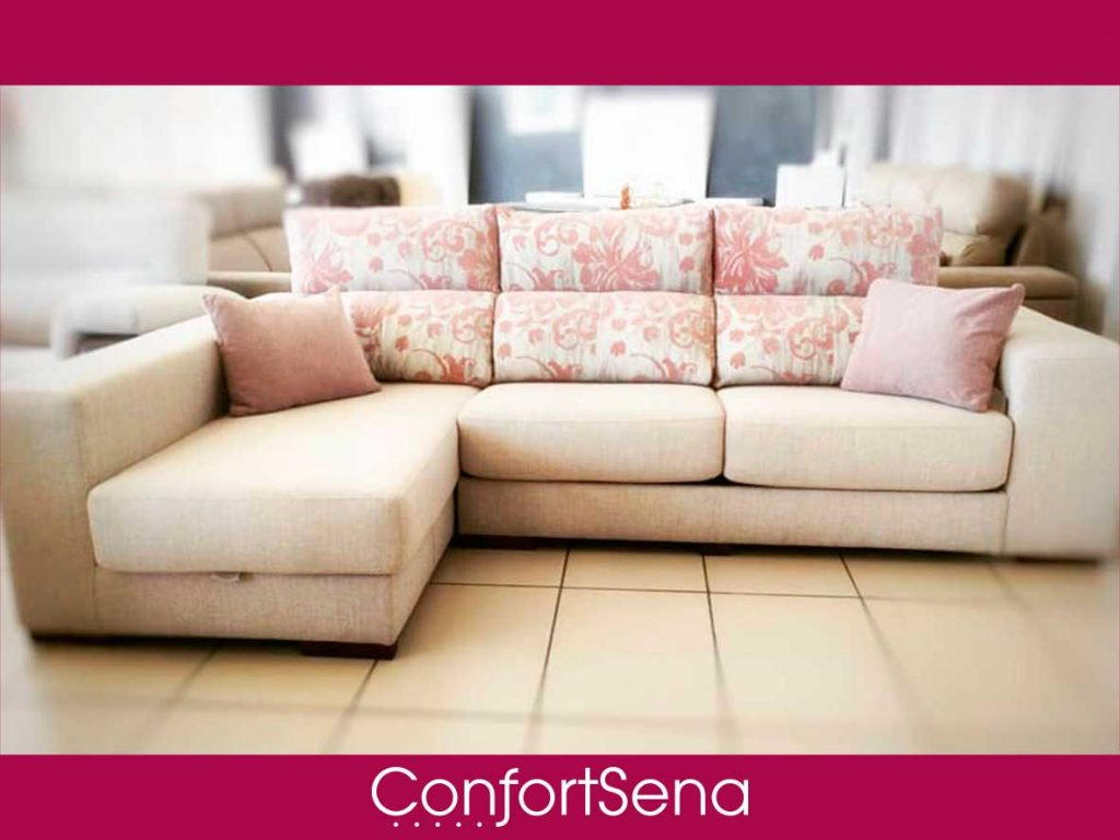 sofá con chaise longue en Granada de la mejor calidad mejor precio y hecho a medida