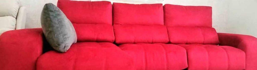 sofá rojo con chaise longue en Granada al mejor precio